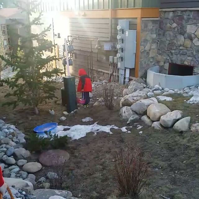 Easter Bunny came to to Ski Silverthorne Lodge in 2017 #happyeaster #SkiSilverthorne #easter2017 #Breckenridge #Silverthorne
