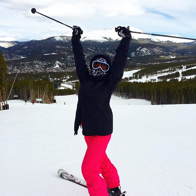 I love skiing! It doesn't get any better than this! Ski Breckenridge in April!  #aprilskiing #breckenridge #skibreak #ski-Silverthorne.com