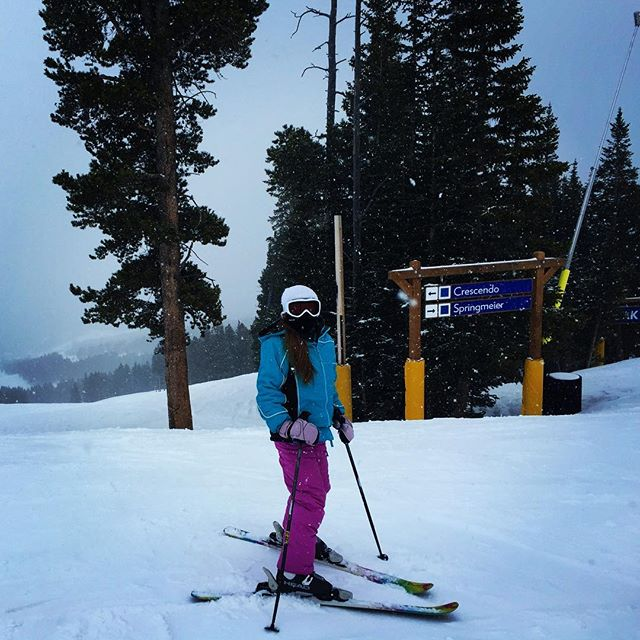 I love the days when deciding between Crescendo or Springmeier was the only thing I had to do! I love skiing at Breck! #skibreck #skisilverthorne #skisilverthornelodge