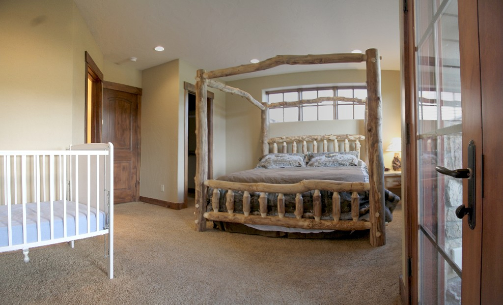 Click For A Large Picture Of The Lodge 40d Bedroom 1