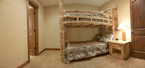 Bedroom 2 has an aspen lodgepole bund bed