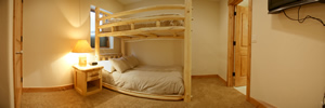 Silverthorne Lodge Bedroom 2