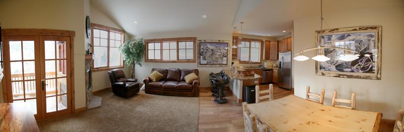 Silverthorne Lodging Living Room